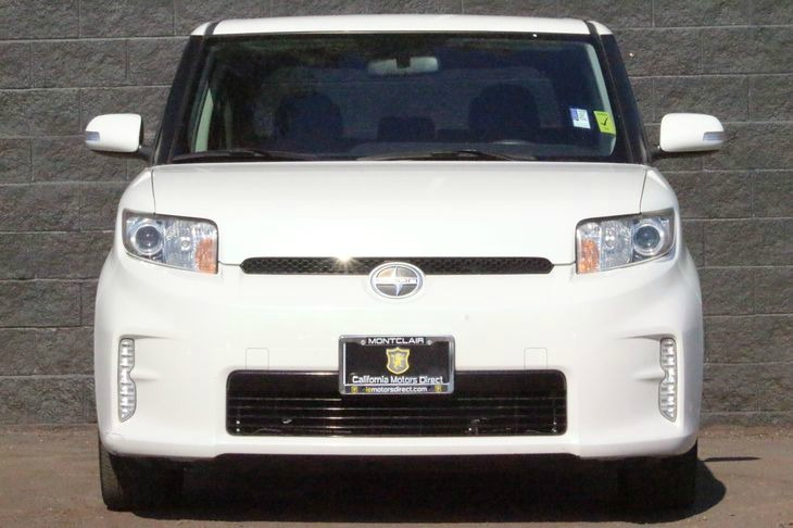 2014 Scion xB Base  Super White All advertised prices exclude government fees and taxes any fi