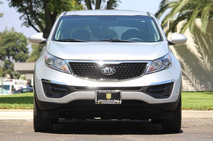 2016 Kia Sportage LX  Silver All advertised prices exclude government fees and taxes any finan
