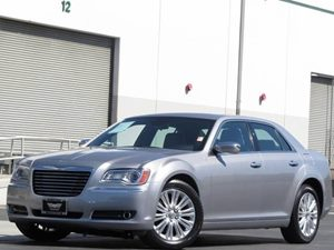 2013 Chrysler 300 300C Carfax Report  Billet Silver Metallic 27441 Per Month - On ApprovedCr