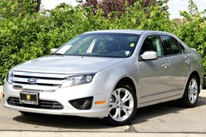 2012 Ford Fusion SE Carfax 1-Owner  Ingot Silver Metallic 17047 Per Month   On Approved Cred