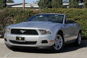 2012 Ford Mustang V6 Carfax Report - No Accidents  Damage Reported to CARFAX Air Conditioning