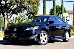 2012 Toyota Camry L Carfax Report - No Accidents  Damage Reported to CARFAX  Attitude Black Me