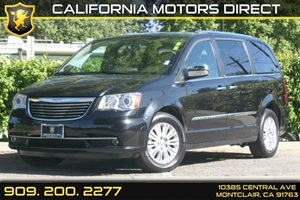 2013 Chrysler Town  Country Limited Carfax 1-Owner - No Accidents  Damage Reported to CARFAX
