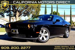 2015 Dodge Challenger SXT Carfax 1-Owner - No Accidents  Damage Reported to CARFAX  Phantom Bl