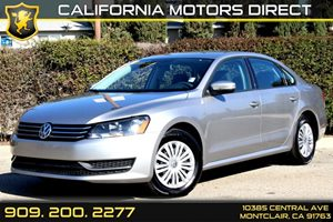 2013 Volkswagen Passat S wAppearance Carfax 1-Owner Air Conditioning  AC Audio  AmFm Stereo