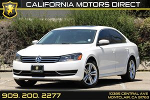 2014 Volkswagen Passat SE wSunroof Carfax 1-Owner Air Conditioning  AC Audio  AmFm Stereo