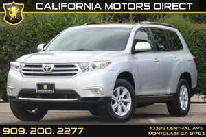 2013 Toyota Highlander Plus Carfax 1-Owner 6 Cylinders Air Conditioning  AC Audio  Auxiliary