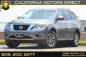 2015 Nissan Pathfinder S Carfax 1-Owner 2 12V Dc Power Outlets Black Grille WChrome Surround D