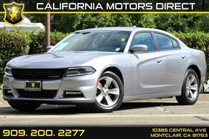 2015 Dodge Charger SXT Carfax 1-Owner - No Accidents  Damage Reported to CARFAX 5 Person Seating
