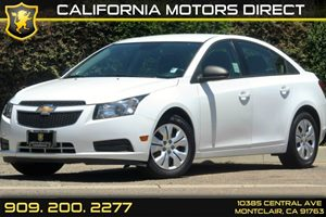 2013 Chevrolet Cruze LS Carfax 1-Owner - No Accidents  Damage Reported to CARFAX  Summit White