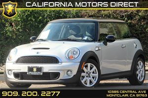 2011 MINI Cooper Hardtop S Carfax Report - No Accidents  Damage Reported to CARFAX  Pepper Whi
