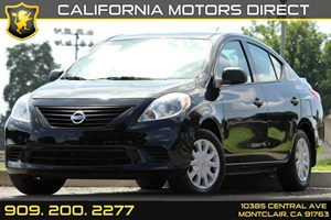 2014 Nissan Versa S Plus Carfax 1-Owner - No Accidents  Damage Reported to CARFAX 5 Person Seati