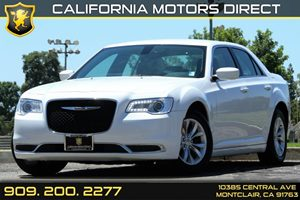 2015 Chrysler 300 Limited Carfax 1-Owner - No Accidents  Damage Reported to CARFAX 5 Person Seat