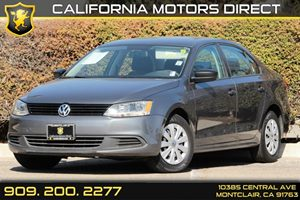 2013 Volkswagen Jetta Sedan S Carfax 1-Owner - No AccidentsDamage Reported Audio  AmFm Stereo
