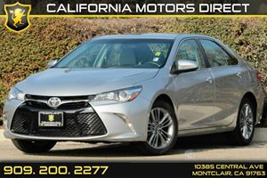2015 Toyota Camry SE Carfax 1-Owner Audio  Auxiliary Audio Input Audio  Cd Player Convenience