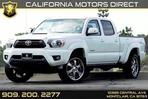 2015 Toyota Tacoma PreRunner Carfax 1-Owner - No AccidentsDamage Reported  Super White  We ar