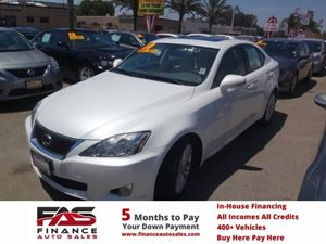 2010 Lexus IS 250  Carfax Report - No Accidents  Damage Reported to CARFAX  White  NOTICE