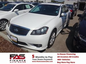 2008 Infiniti M35  Carfax Report - No Accidents  Damage Reported to CARFAX  Moonlight White