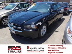 2013 Dodge Charger SE Carfax 1-Owner - No Accidents  Damage Reported to CARFAX  Phantom Black