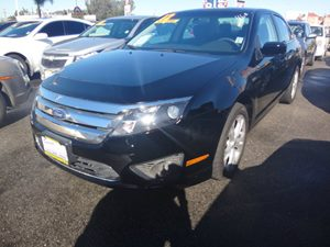 2012 Ford Fusion SE Carfax Report - No Accidents  Damage Reported to CARFAX  Black  NOTICE