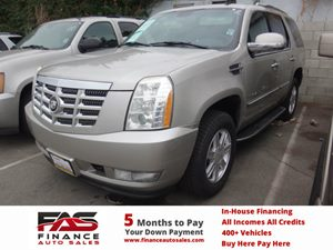 2007 Cadillac Escalade  Carfax Report - No Accidents  Damage Reported to CARFAX  Gold Mist  N