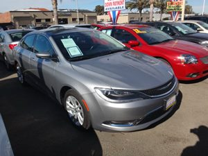 2014 Chrysler 200 LX Carfax 1-Owner - No Accidents  Damage Reported to CARFAX  Billet Silver M