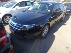 2012 Ford Fusion SEL Carfax Report - No Accidents  Damage Reported to CARFAX  Black  Rates as