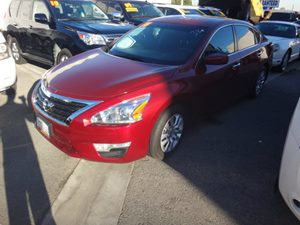2014 Nissan Altima 25 Carfax 1-Owner - No Accidents  Damage Reported to CARFAX  Cayenne Red M