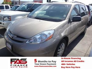 2007 Toyota Sienna CE Carfax Report - No Accidents  Damage Reported to CARFAX  Gold  NOTICE