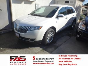 2012 Lincoln MKX  Carfax Report  White Platinum Metallic Tri-Coat  NOTICE All advertised p