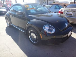2012 Volkswagen Beetle 25L wSun PZEV Carfax 1-Owner - No Accidents  Damage Reported to CARFAX