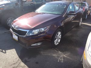 2013 Kia Optima LX Carfax Report - No Accidents  Damage Reported to CARFAX  Maroon  NOTICE