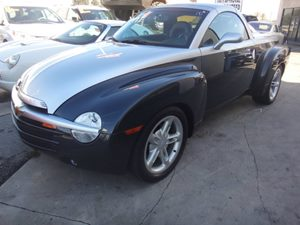 2004 Chevrolet SSR LS Carfax 1-Owner - No Accidents  Damage Reported to CARFAX  gary  NOTICE