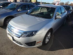 2012 Ford Fusion SE Carfax Report - No Accidents  Damage Reported to CARFAX  Ingot Silver Meta