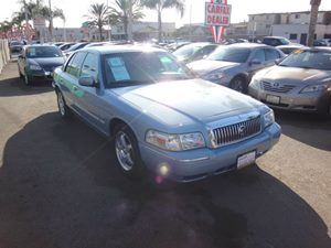 2010 Mercury Grand Marquis LS Carfax Report - No Accidents  Damage Reported to CARFAX  Light I