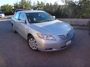 2009 Toyota Camry XLE Carfax Report - No Accidents  Damage Reported to CARFAX  Classic Silver