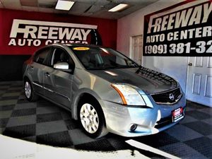 View 2010 Nissan Sentra