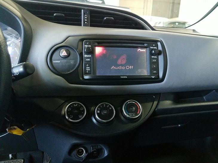 Used 2015 Toyota Yaris LE in Ontario