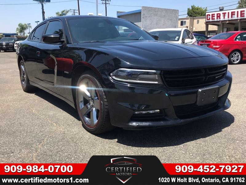 2017 Dodge Charger R/T - Certified Motors