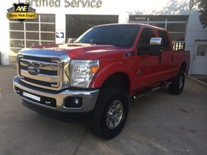 2014 Ford Super Duty F-350 SRW XLT Carfax 1-Owner - No Accidents  Damage Reported to CARFAX 60-4