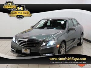 View 2012 Mercedes-Benz E550