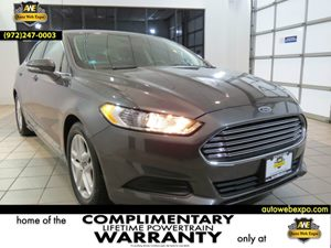 2015 Ford Fusion SE Carfax 1-Owner - No Accidents  Damage Reported to CARFAX 60-40 Folding Bench