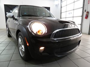 2010 MINI Cooper Hardtop S Carfax Report - No Accidents  Damage Reported to CARFAX 5050 Split-F