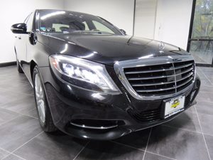 View 2014 Mercedes-Benz S550