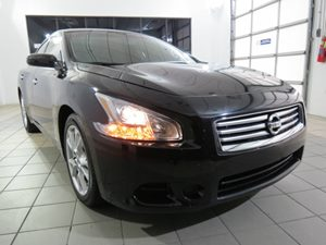 2014 Nissan Maxima 35 S Carfax Report Audio  AmFm Stereo Audio  Auxiliary Audio Input Audio
