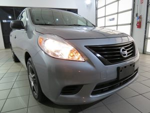 2014 Nissan Versa S Plus Carfax 1-Owner - No AccidentsDamage Reported Audio  AmFm Stereo Audi