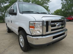 2013 Ford Econoline Wagon XL Carfax Report - No AccidentsDamage Reported Air Conditioning  Rear