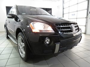 2007 MERCEDES ML63 AMG Carfax Report - No Accidents  Damage Reported to CARFAX   Catch these L