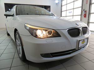 View 2010 BMW 5 Series
