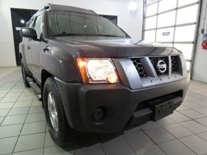 2008 Nissan Xterra S Carfax Report - No Accidents  Damage Reported to CARFAX 6040 Split-Fold 2N